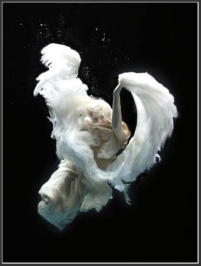 Underwater-angel-02 by Zena Holloway